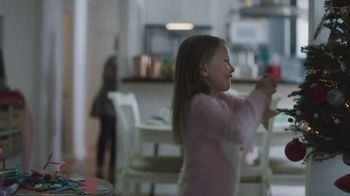 TJX Companies TV Spot, '2017 Holidays: To Family' - Thumbnail 8