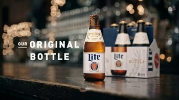 Miller Lite Steinie Bottle TV Spot, 'Dressed Up' - Thumbnail 9