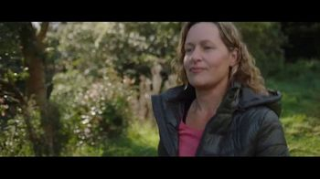 Fitbit TV Spot, 'Fitbit Stories: Rachel Overcomes Her Diagnosis' - Thumbnail 5