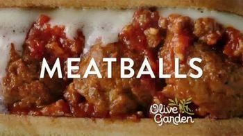 Olive Garden Breadstick Sandwiches TV Spot, 'Mmmeatballs' - Thumbnail 7