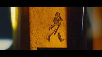 Johnnie Walker Black Label TV Spot, 'Step Right Up' - Thumbnail 7