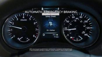 Nissan Rogue TV Spot, 'Rogue Dark Side' [T2] - Thumbnail 4