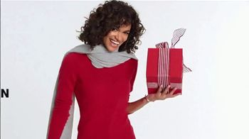 Macy's One Day Sale TV Spot, 'Deals of the Day: Cashmere and Jewelry' - Thumbnail 5
