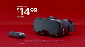 JCPenney Holiday Challenge TV Spot, 'Sleepwear and VR Headsets' Song by Sia - Thumbnail 8