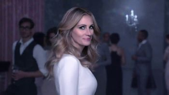 Lancôme La Vie Est Belle L'Éclat TV Spot, 'The New Film' Ft. Julia Roberts - Thumbnail 4
