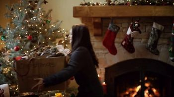 Cabela's Christmas Sale TV Spot, 'Celebrate the Seasons: Smokers and Boots' - Thumbnail 1