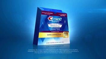 Crest 3D White Whitestrips TV Spot, 'Step Up Your Whitening Routine' - Thumbnail 6