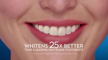 Crest 3D White Whitestrips TV Spot, 'Step Up Your Whitening Routine' - Thumbnail 8