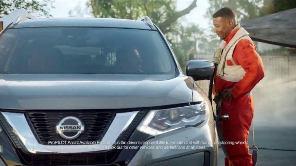2018 Nissan Rogue TV Commercial, 'Star Wars: The Last Jedi: Droid' Feat. Kal Penn [T1]