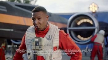 2018 Nissan Rogue TV Spot, 'Star Wars: The Last Jedi: Droid' Feat. Kal Penn [T1] - Thumbnail 7