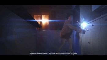 General Mills TV Spot, 'Star Wars Color-Changing Spoons' - Thumbnail 4