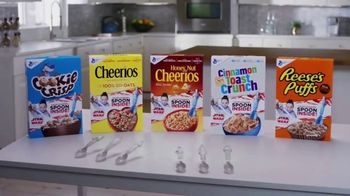 General Mills TV Spot, 'Star Wars Color-Changing Spoons' - Thumbnail 6