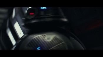 Verizon TV Spot, 'Star Wars: The Last Jedi' - Thumbnail 8