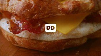 Dunkin' Donuts Sweet Black Pepper Bacon Sandwich TV Spot, 'It's Back' - Thumbnail 1