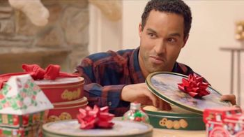 Ross TV Spot, 'Your List Wrapped Up' - Thumbnail 6