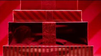 JCPenney TV Spot, 'El reto: aretes y pijamas' canción de Sia [Spanish] - Thumbnail 1