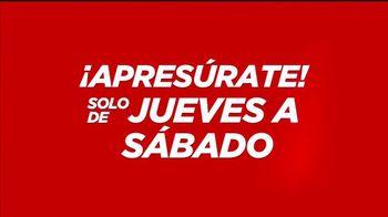 JCPenney TV Spot, 'El reto: aretes y pijamas' canción de Sia [Spanish] - Thumbnail 3
