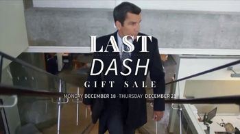 JoS. A. Bank Last Dash Gift Sale TV Spot, 'Leather Jackets & Dress Shirts' - Thumbnail 2