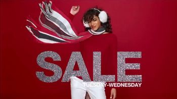 Macy's One Day Sale TV Spot, 'Jewelry Deals of the Day: Earrings & Bangles' - Thumbnail 3