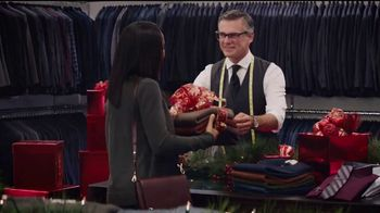 Men's Wearhouse TV Spot, 'El regalo para él' [Spanish] - Thumbnail 4