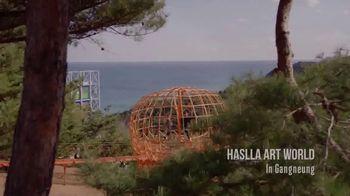 Gangwon Tourism TV Spot, 'Jeongdongjin Beach' - Thumbnail 7