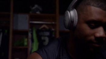 Bose TV Spot, 'Dialed In: Julio Jones' - Thumbnail 1