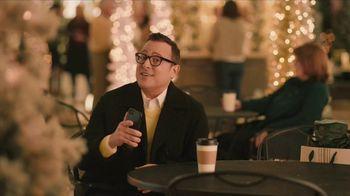 Sprint Unlimited TV Spot, 'Holiday Mall: Hulu' - Thumbnail 8