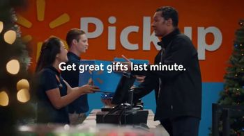 Walmart App TV Spot, 'Need Last-Minute Gifts?' Song by The Weather Girls - Thumbnail 7