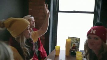 Buffalo Wild Wings TV Spot, 'Every Kind of Fan' - Thumbnail 6