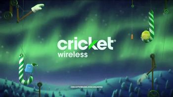 Cricket Wireless Unlimited 2 Plan TV Spot, 'Holiday Magic: LG Fortune' - Thumbnail 10