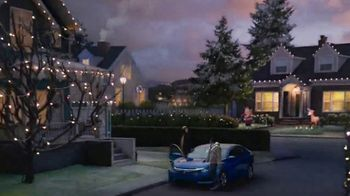 Happy Honda Days TV Spot, 'Holiday Lights: Civic' [T2] - Thumbnail 2