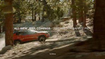Jeep Black Friday Sales Event TV Spot, 'Grandma's House' [T2] - Thumbnail 2