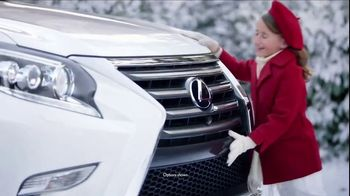 Lexus December to Remember Sales Event TV Spot, 'Whispers' [T1] - Thumbnail 5