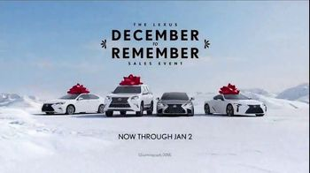 Lexus December to Remember Sales Event TV Spot, 'Whispers' [T1] - Thumbnail 8