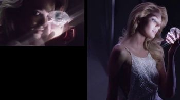 Versace Bright Crystal TV Spot, 'Show Me: Gift Set' Feat. Candice Swanepoel - Thumbnail 4