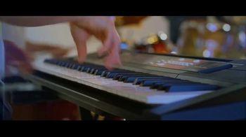 Guitar Center TV Spot, 'Keyboards and Loudspeaker' - Thumbnail 4