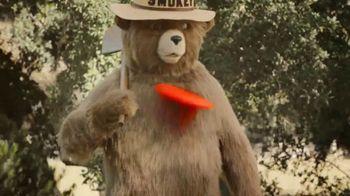 Smokey Bear TV Spot, 'Wildfire Prevention: Hot Coals' - Thumbnail 7