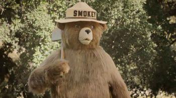 Smokey Bear TV Spot, 'Wildfire Prevention: Hot Coals' - Thumbnail 8
