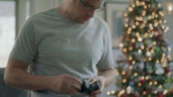 Kay Jewelers TV Spot, 'Holiday Tackle' - Thumbnail 1