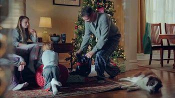 Dick's Sporting Goods Hot Holiday Deals TV Spot, 'Yeti, Gun Safes & Shoes' - Thumbnail 1