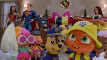 Target TV Spot, '¡Juntos hay alegría!' [Spanish] - Thumbnail 3