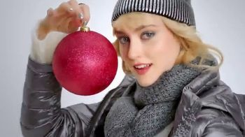 Macy's TV Spot, 'Hundreds of Gift Specials' - Thumbnail 3