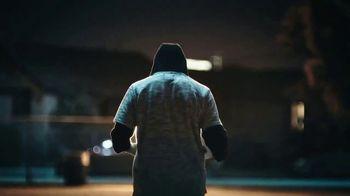 Modelo TV Spot, 'Luchando por el juego bonito' con Omar Gonzalez [Spanish] - Thumbnail 2