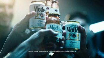 Modelo TV Spot, 'Luchando por el juego bonito' con Omar Gonzalez [Spanish] - Thumbnail 6