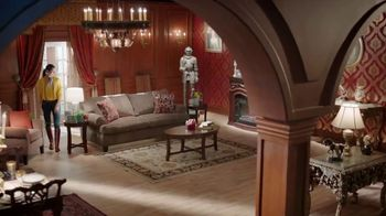 Big Lots TV Spot, 'Lavish Country Estate: Lowest Prices of the Season' - Thumbnail 3