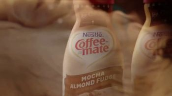 Coffee-Mate Ice Cream Shop TV Spot, 'Stir Up New Friends' - Thumbnail 9