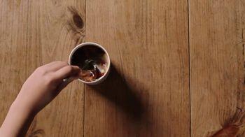 Coffee-Mate Ice Cream Shop TV Spot, 'Stir Up New Friends' - Thumbnail 3