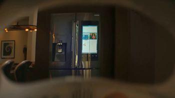 Samsung Family Hub Fridge TV Spot, 'Ticket to the Moon' - Thumbnail 3