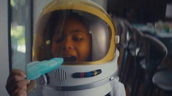 Samsung Family Hub Fridge TV Spot, 'Ticket to the Moon' - Thumbnail 8