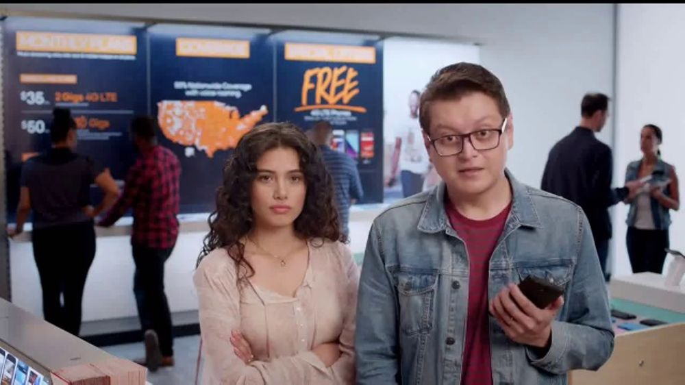 Boost Mobile 4G LTE TV Commercial, 'La potencia de la red r??pida'